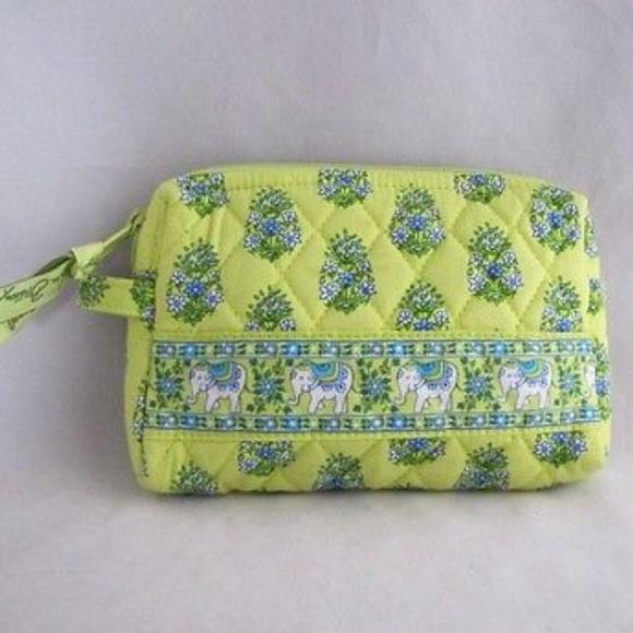 Vera Bradley Green Elephant Makeup Bag. M_5ae66d9c05f430eca338e7a3